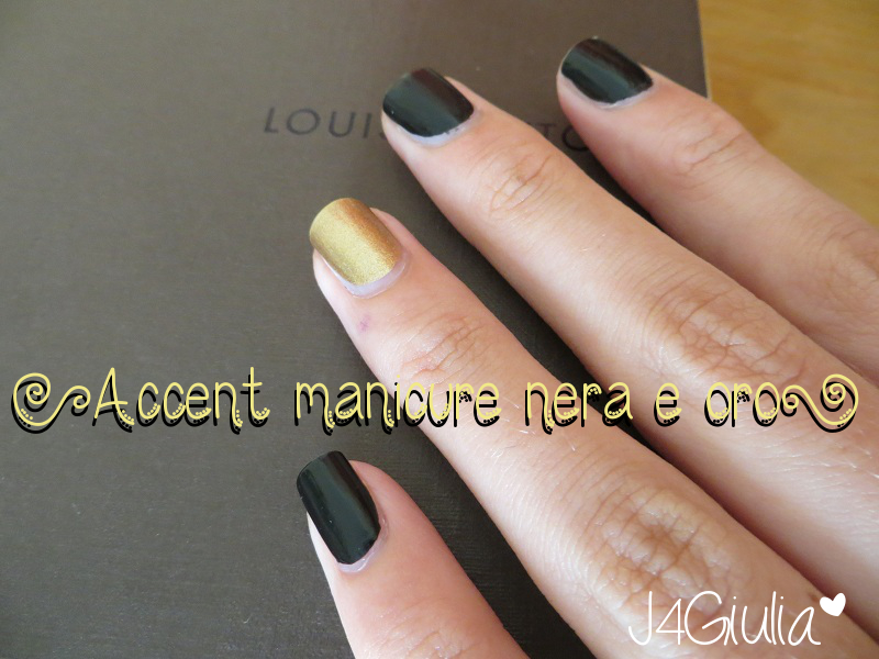 Manicure: #1 Accent manicure nera e oro